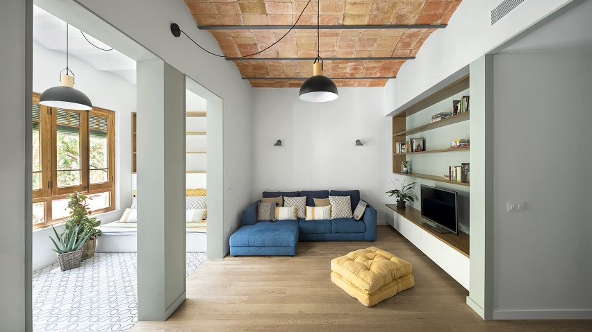 Caldrap Barcelona Apartment by Nook Architects