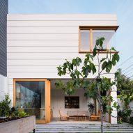 Ryan Leidner adds minimal extension to San Francisco saloon building