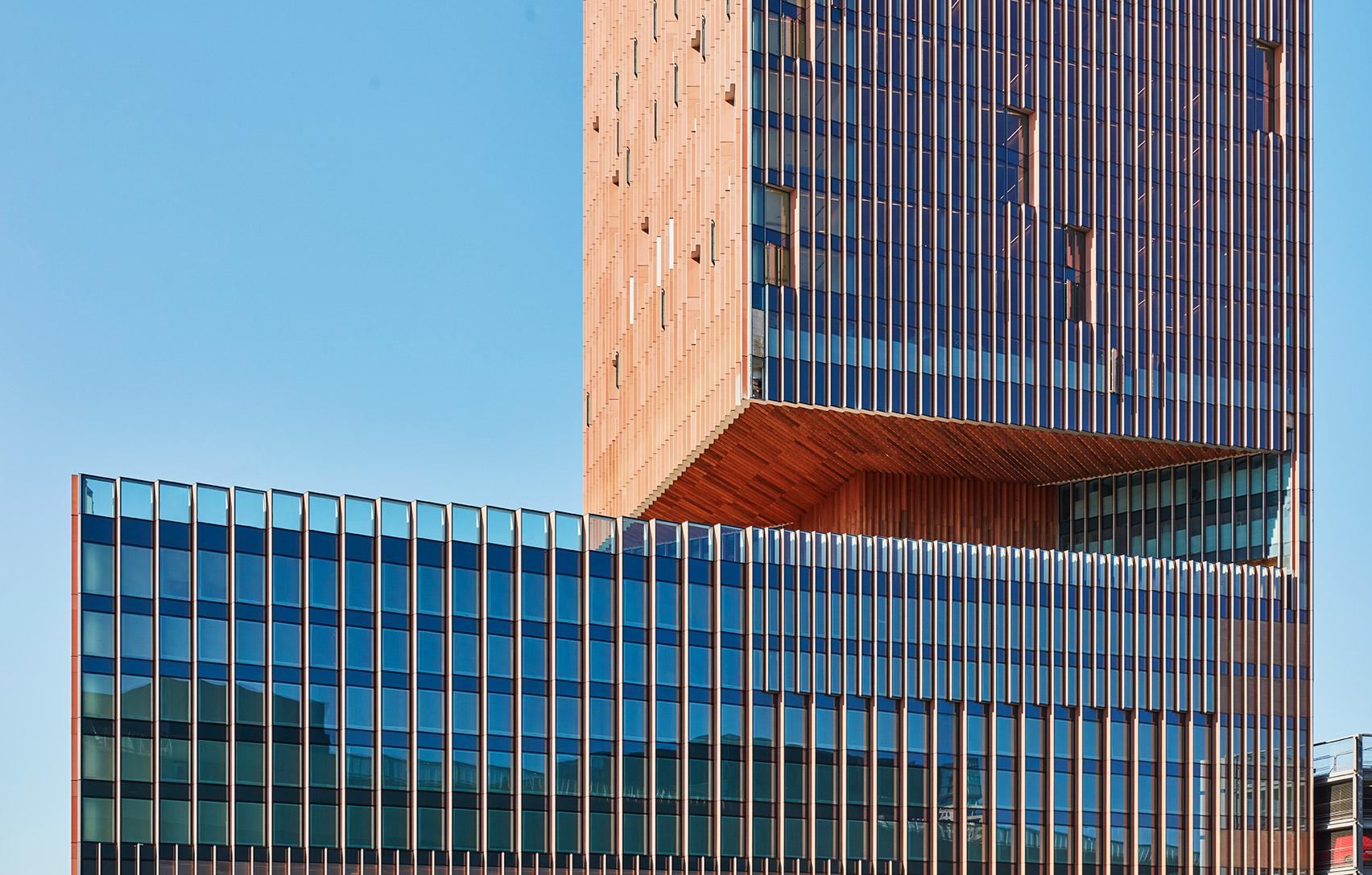 SOM completes Manhattan Loft Gardens tower