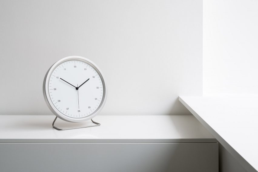 A-12 Clock by Instrmnt