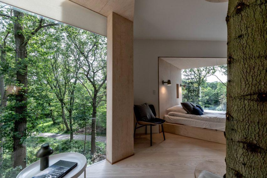 Treetop hotel cabin for Løvtag by Sigurd Larsen