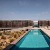 Woods Bagot CEO's rugged beach house evolves again