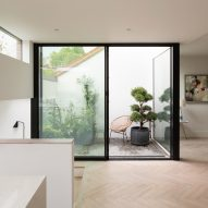 The Courtyard House by Fraher & Findlay