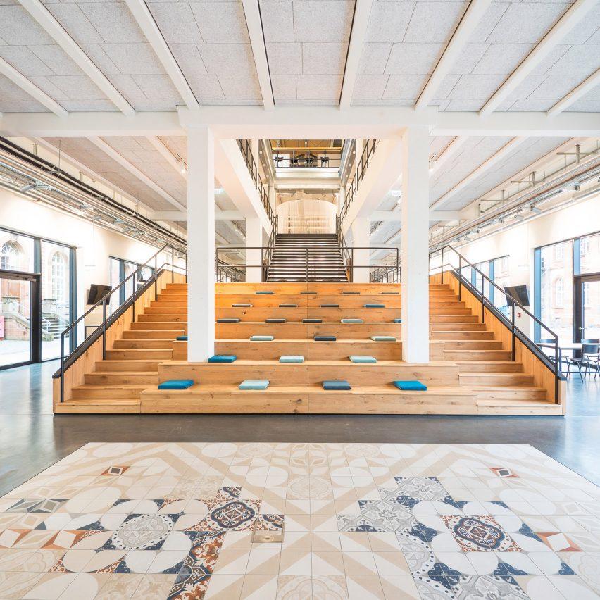 Factory No09 office by Villeroy & Boch