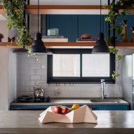 AK Apartment by RUA 141 and Rafael Zalc