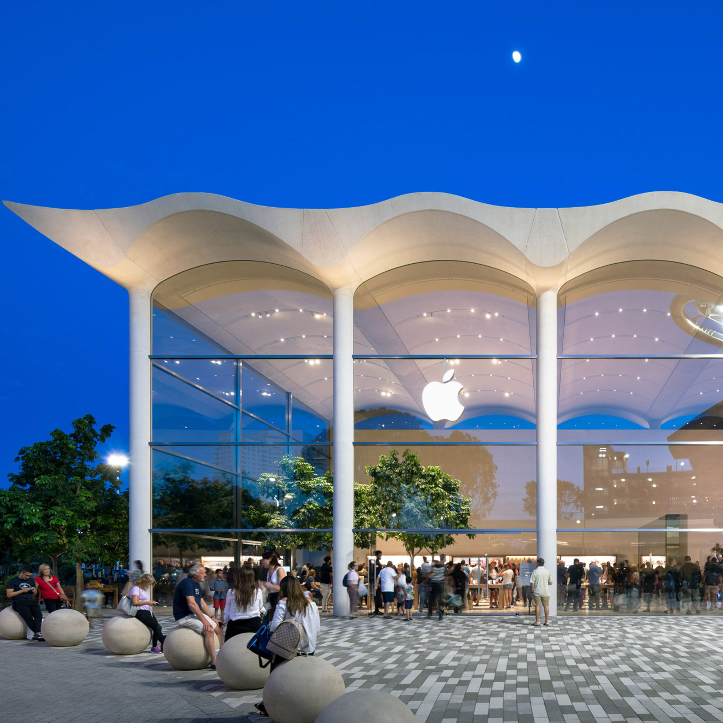 Wavy White Concrete Roof Tops Foster Partners Aventura Apple Store In Miami