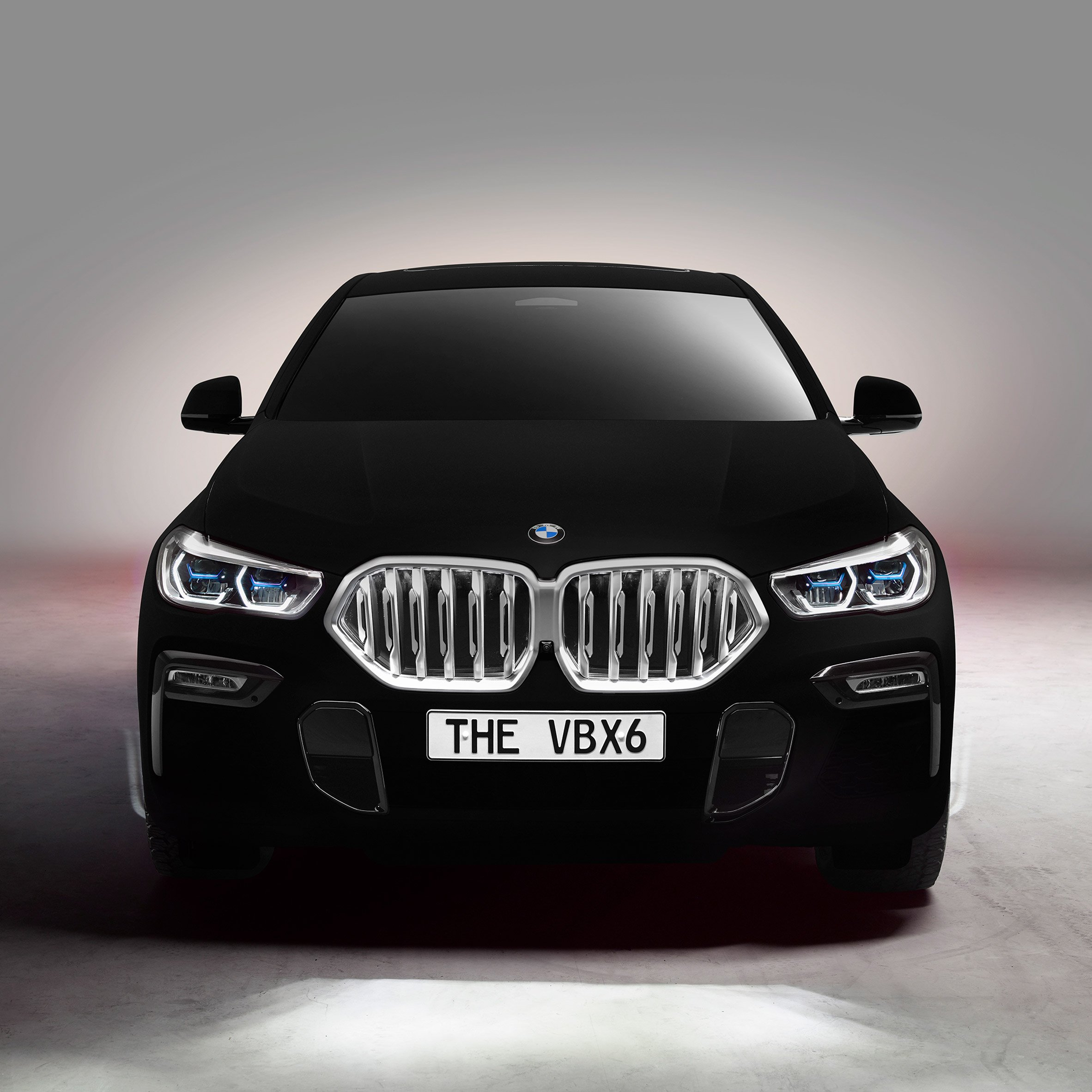Bmw Unveils Blackest Black Bmw Vbx6 Car Sprayed With Vantablack