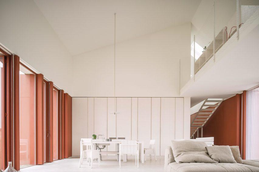 Casa di ConFine by Simone Subissati Architects