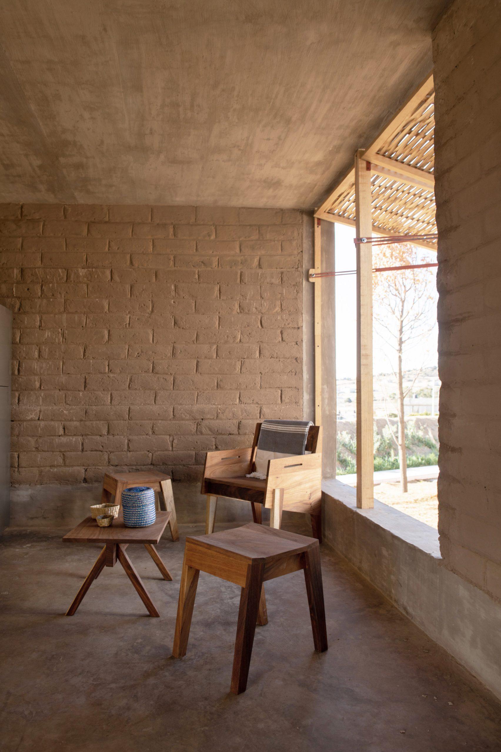 Casa Hilo by Zeller & Moye