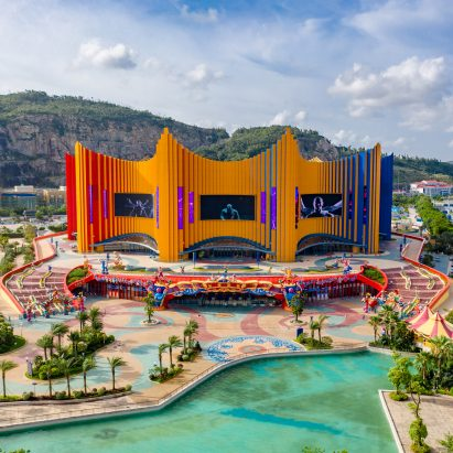 The Chimelong Theatre by Stufish