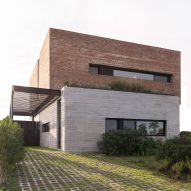 Bam! Arquitectura creates grassy roofs for Casa DaB in Argentina