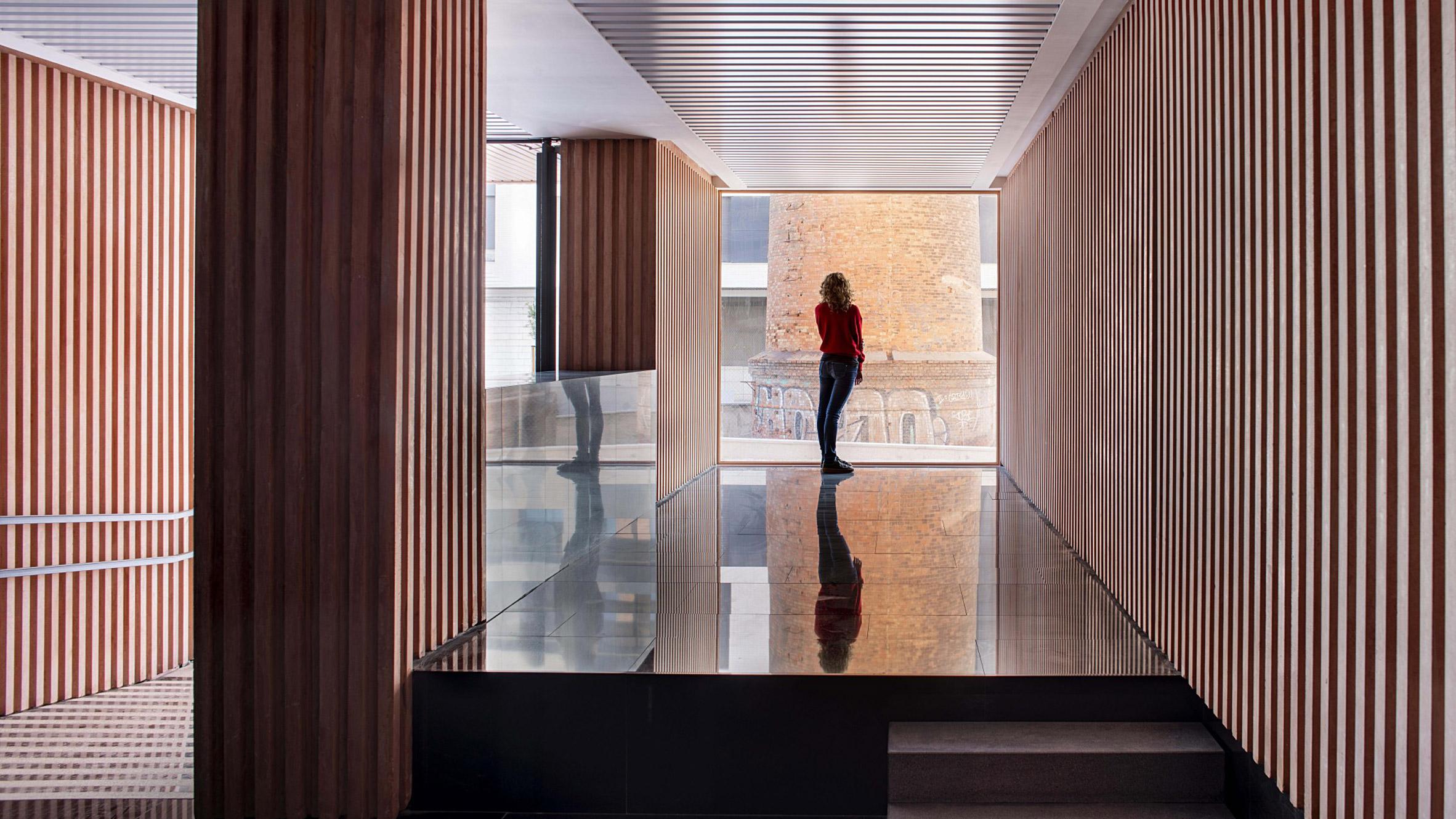 The New Brick Tectonic, Malaga, Spain, by Muñoz Miranda Architects