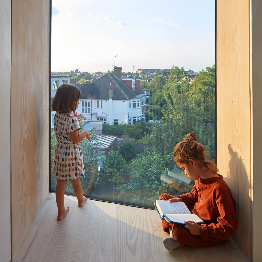 Rise Design Studio adds Douglas fir-lined reading nooks to London house