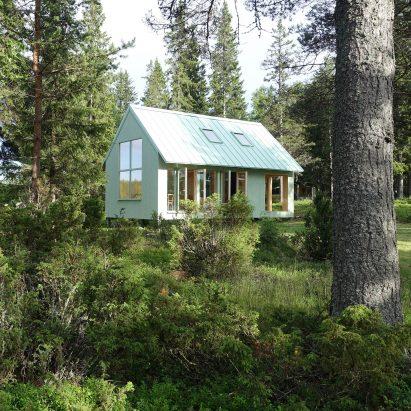 Granholmen summerhouse by Bornstein Lyckefors