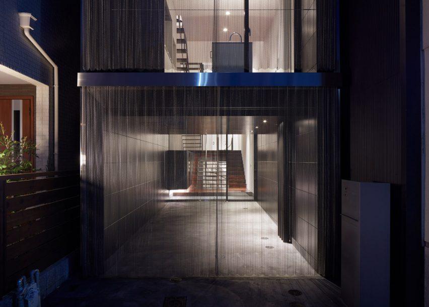 House Minami-tanabe by FujiwaraMuro Architects