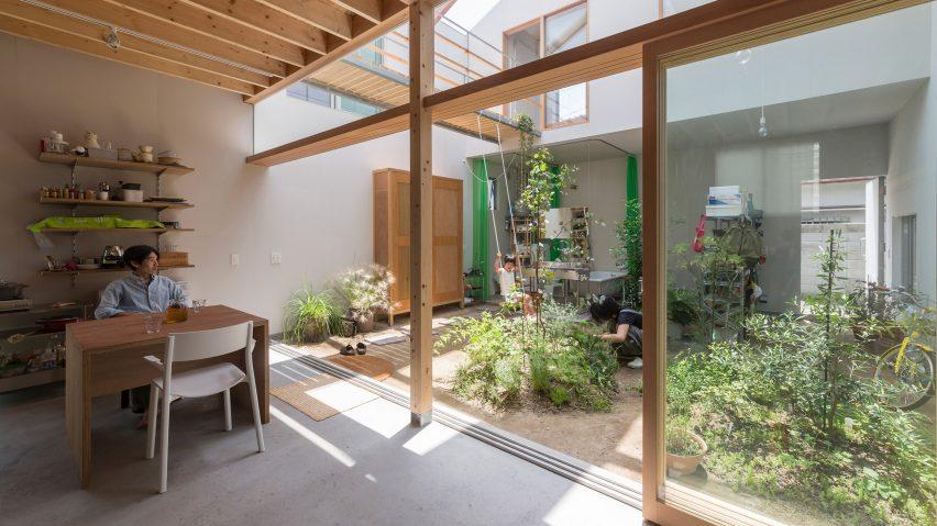 Tato Architects intermingles interior and exterior spaces at House in Tsukimiyama