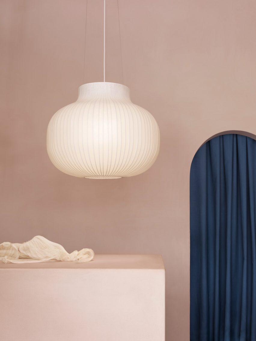 Layer designs Stand pendant lamps for Muuto