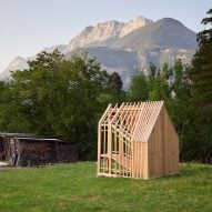 "JCPCDR Architecture's tiny timber pavilion invites walkers to ""pause and observe"""