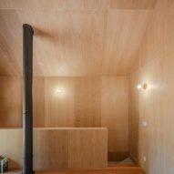MCR2 House by Filipe Pina and Maria Inês Costa