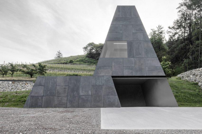 Pacherhof wine cellar by Bergmeisterwolf Architekten