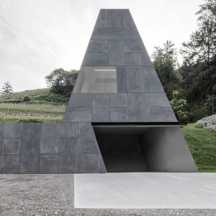 Bergmeisterwolf tops 12th-century wine cellar with bronze funnel
