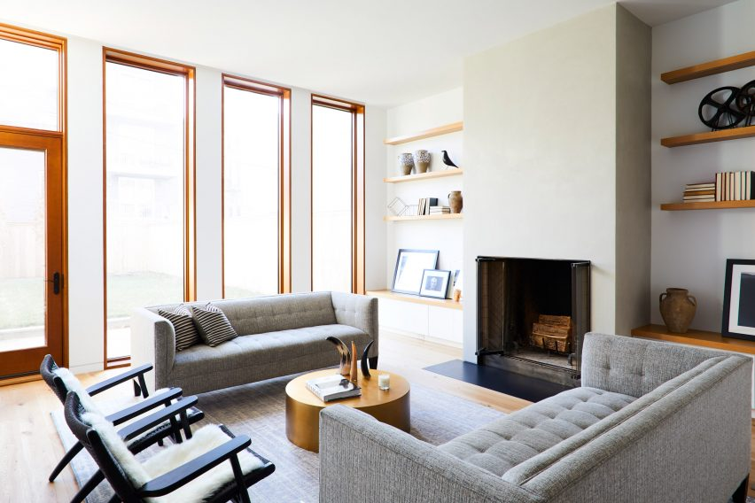 Prismatic Bay Townhouse by Peterson Rich Office