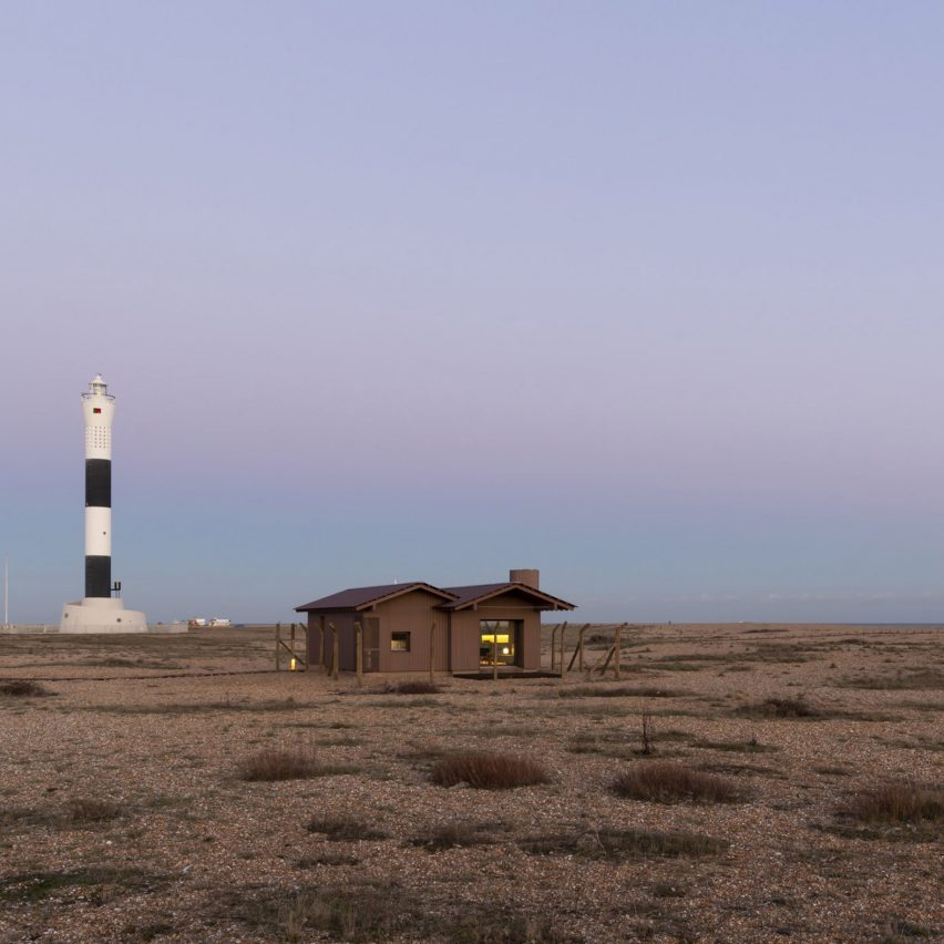 Johnson Naylor and MS-DA create Dungeness holiday home on site of radar station