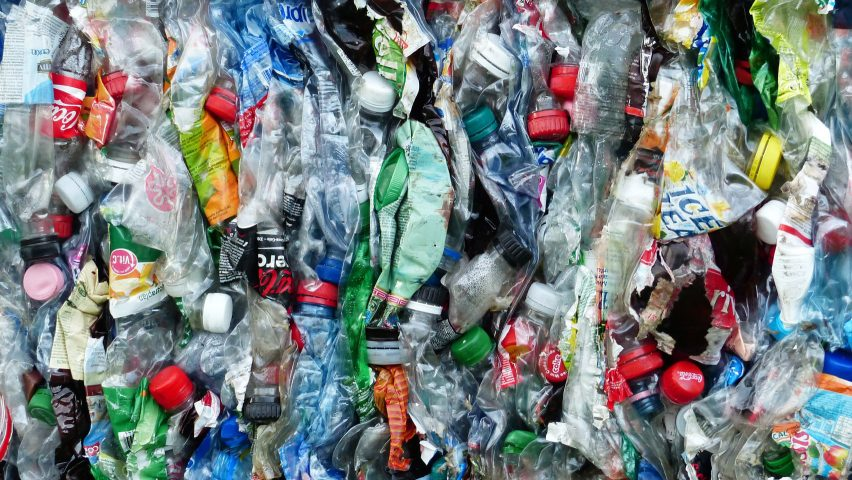 Rome recycling scheme exchanges plastic bottles for free rides on public transport