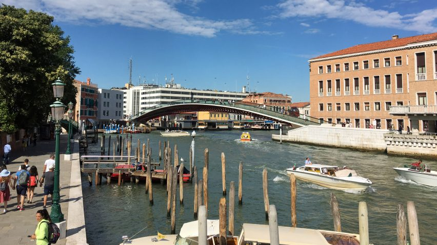 "Santiago Calatrava fined for ""gross negligence"" of Ponte della Costituzione design"