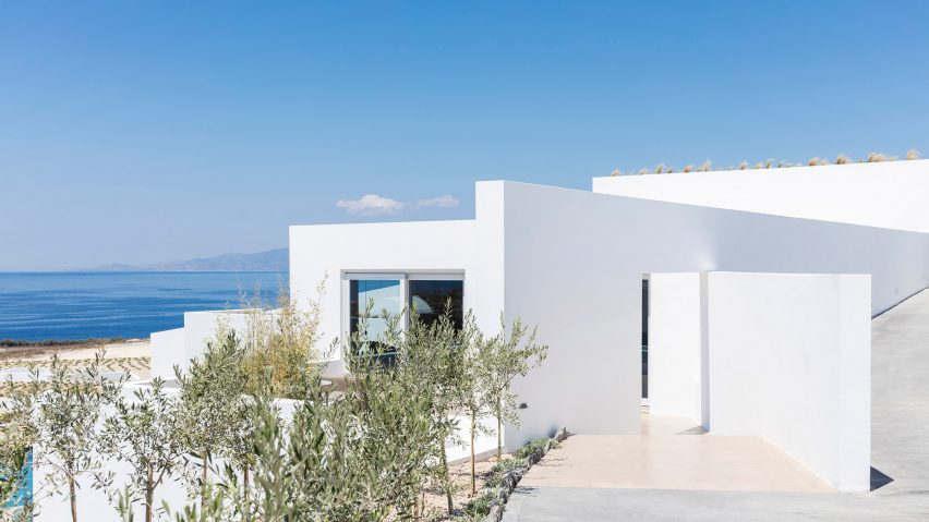 Summer Villa in Santorini, Greece by Kapsimalis Architects