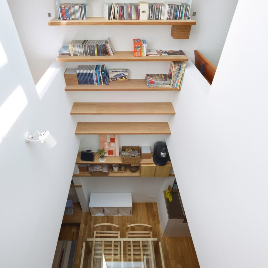 Tiny House in Kobe by FujiwaraMuro Architects