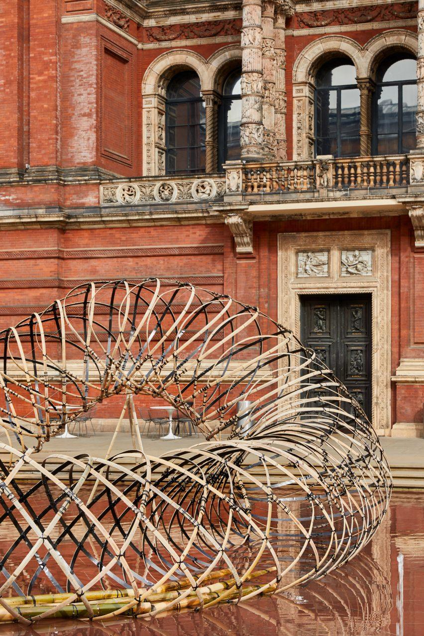 Bamboo Ring Kengo Kuma V&A installation