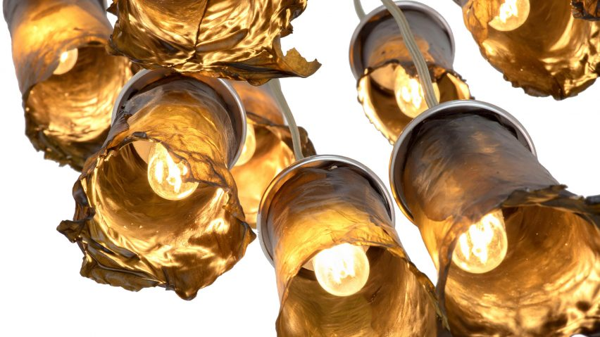 Nea Studio creates lamps from dried seaweed
