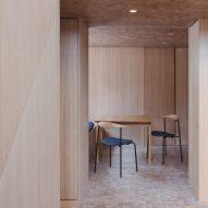 Coffey Architects covers London apartment in 30,000 wooden blocks