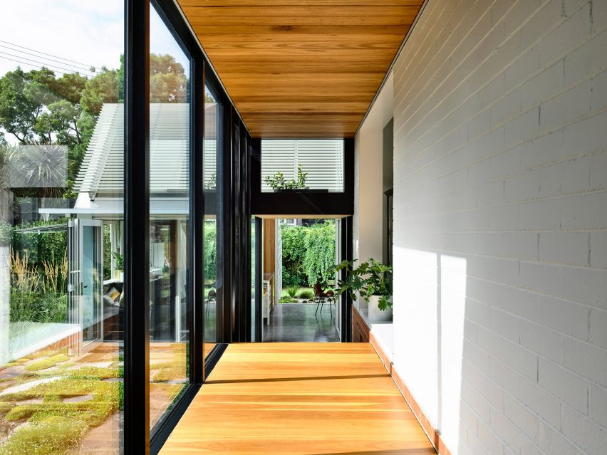 Empire House by Austin Maynard Architects glazed corridor