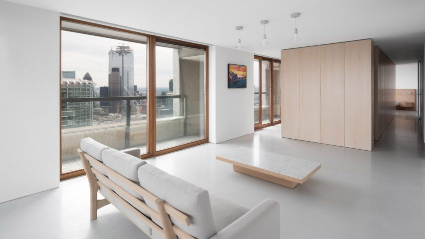 """John Pawson pares back Barbican apartment to """"a state of emptiness"""""""