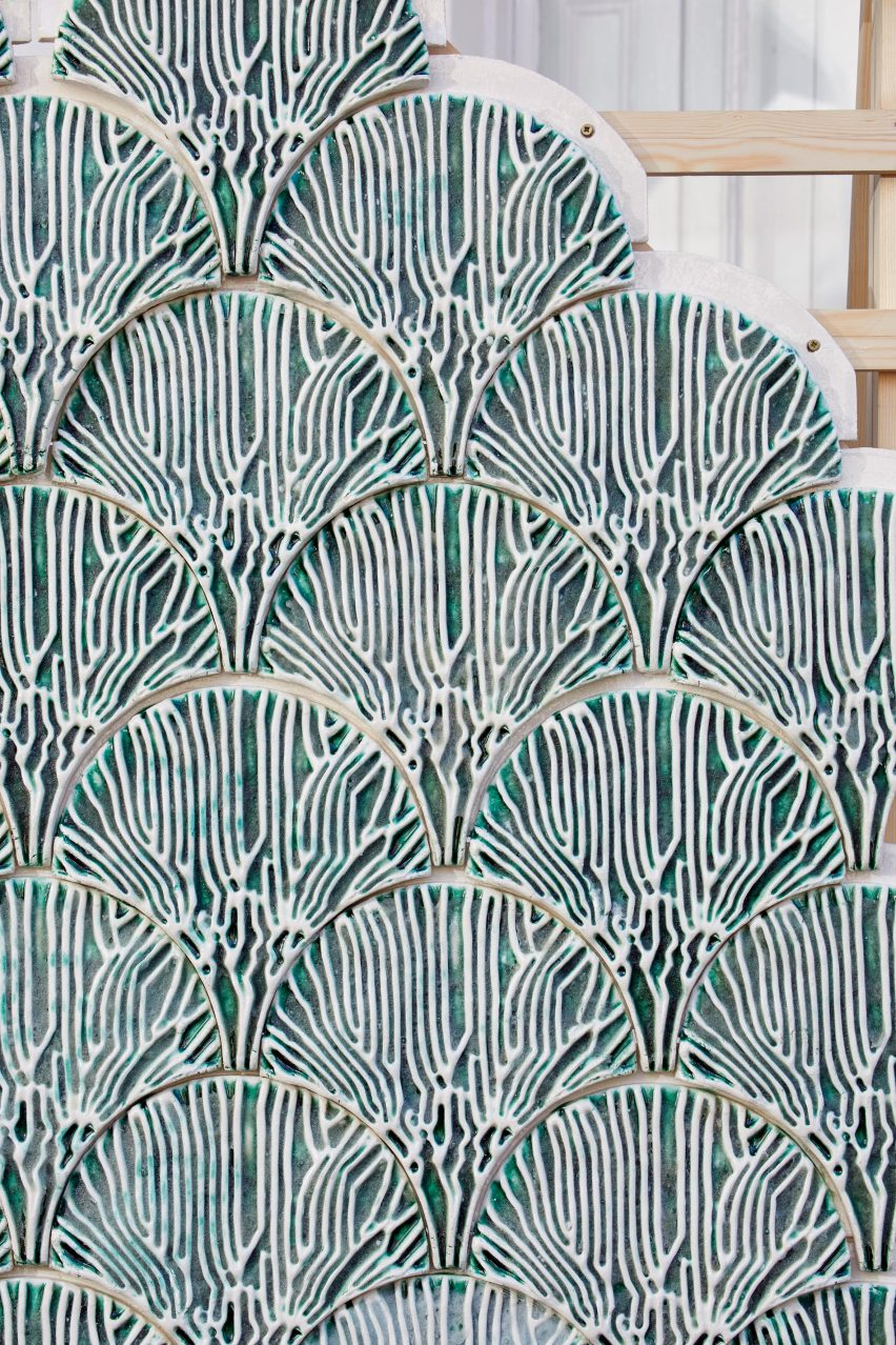Algae tiles Indus by Bio-ID Lab at the London Design Festival 2019