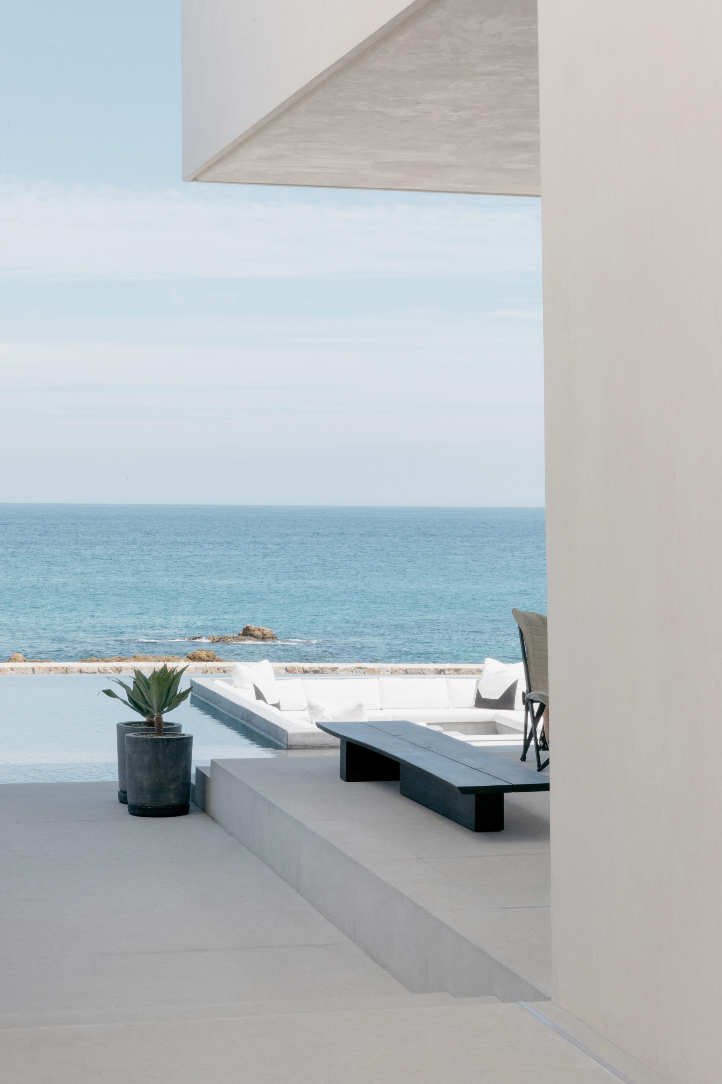 Cabo St Lucas house by Gomez de Tuddo Arquitectos and Gloria Cortina