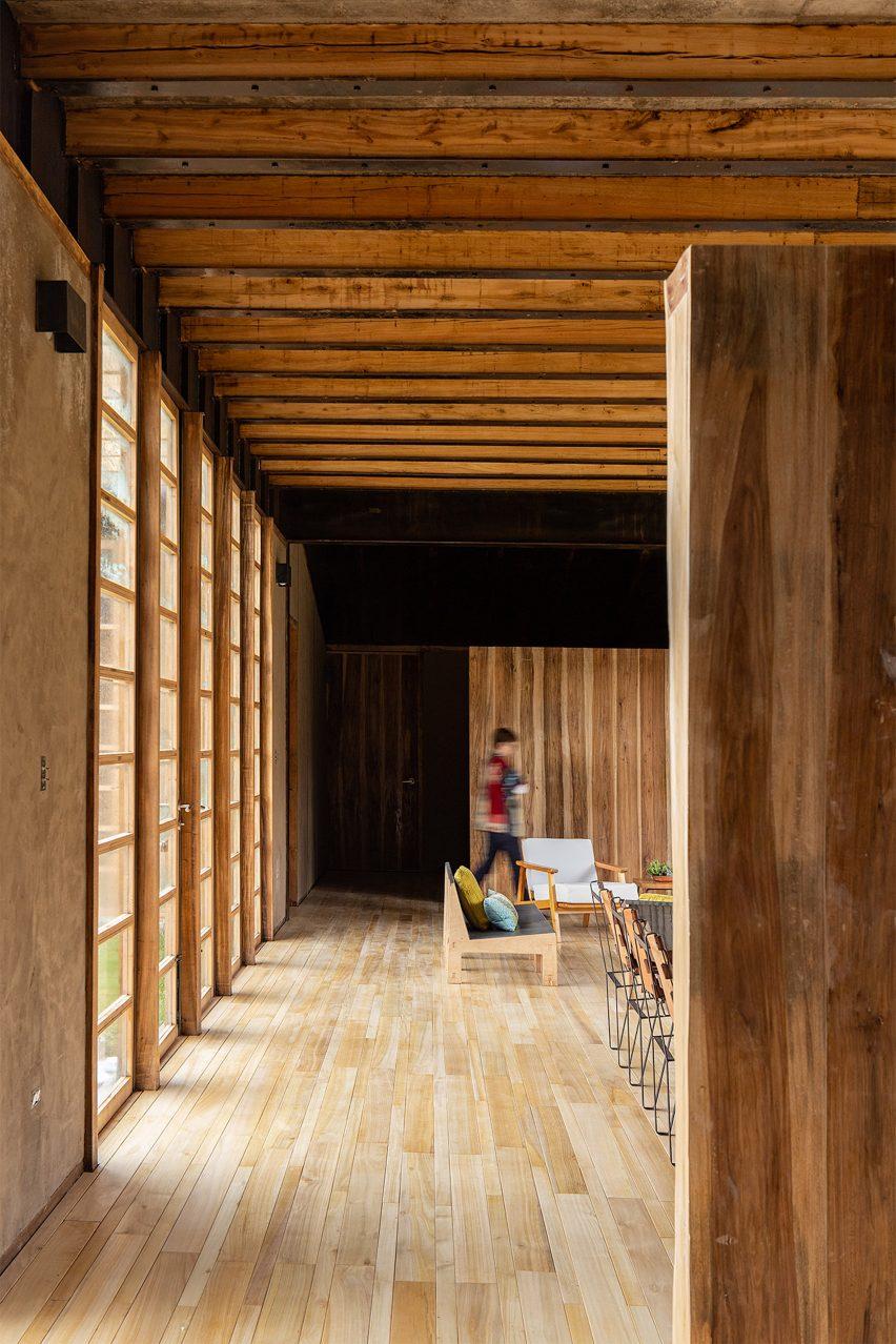 Casa Patios by Rama Estudio