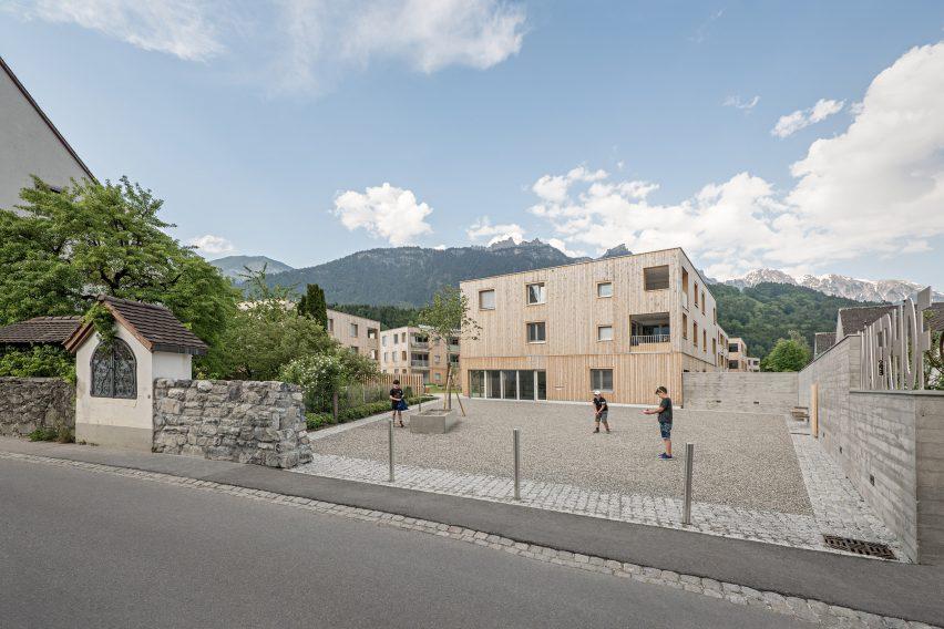 Maierhof housing estate by Feld72