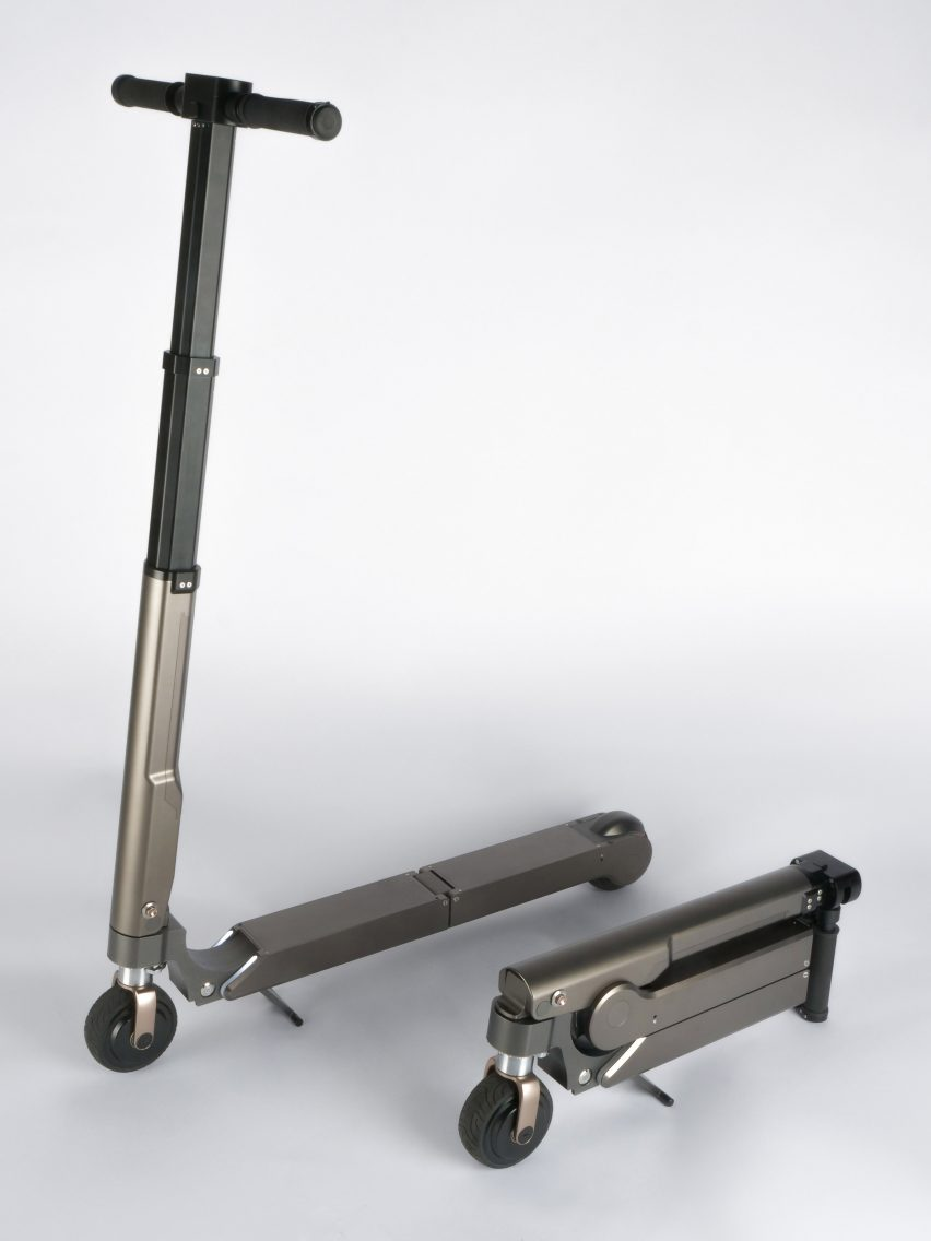 A size comparison of the Hyundai scooter folded and unfolded