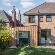 Intervention Architecture adds cedar-clad garden room to Birmingham house