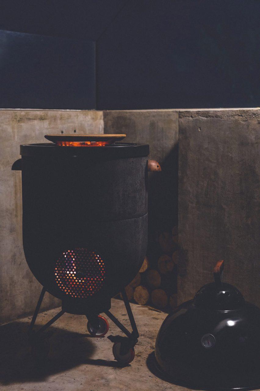 Noori stove: Multipurpose barbecue grill fire by Noori