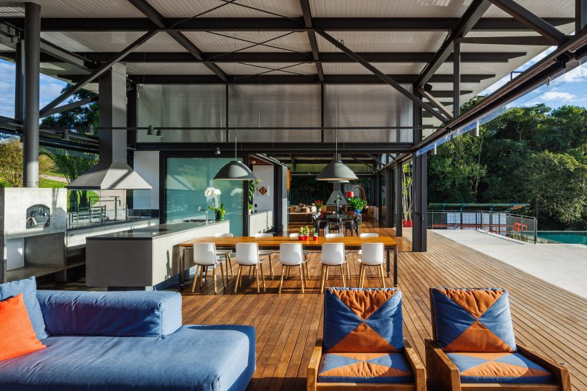 Piracaia Residence by Nitsche Arquitetos