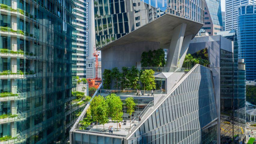 Kohn Pedersen Fox slots raised gardens into Robinson Tower in Singapore