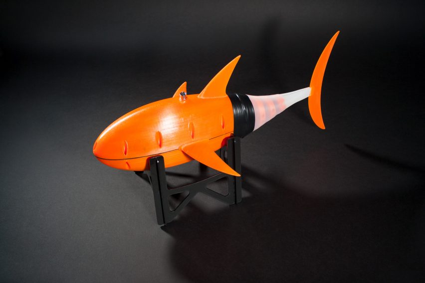 Fastest swimming robotic fish by Sander van den Berg at TU Delft