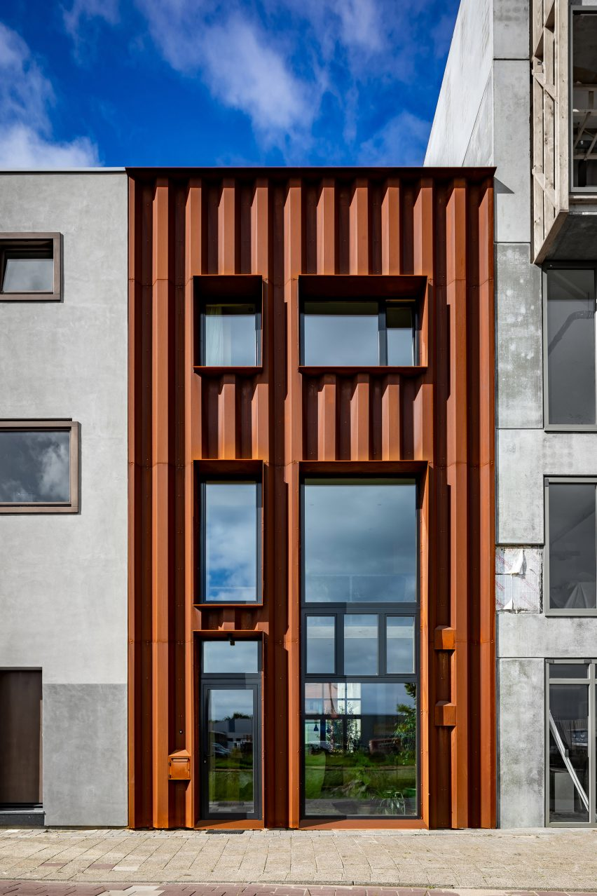 Amsterdam Buiksloterham by Fem Architects