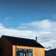 Avalanche House by Intuitive Architects in New Zealand