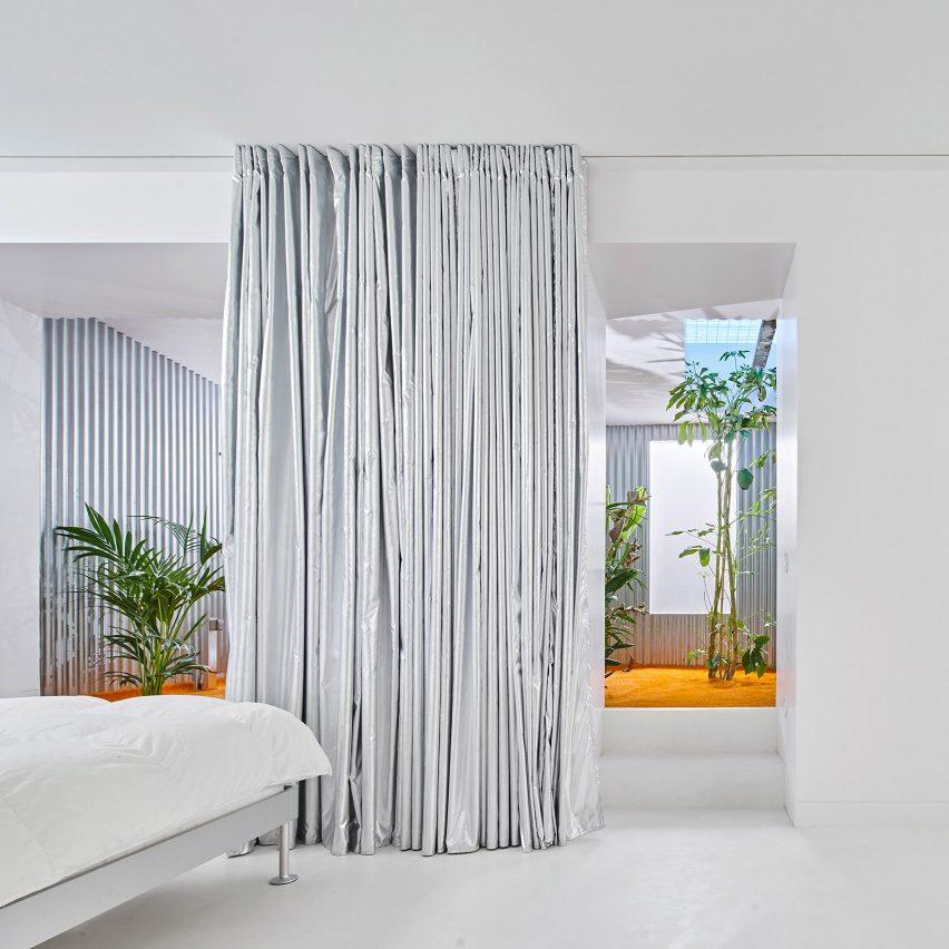Casa A12 by Lucas y Hernández-Gil