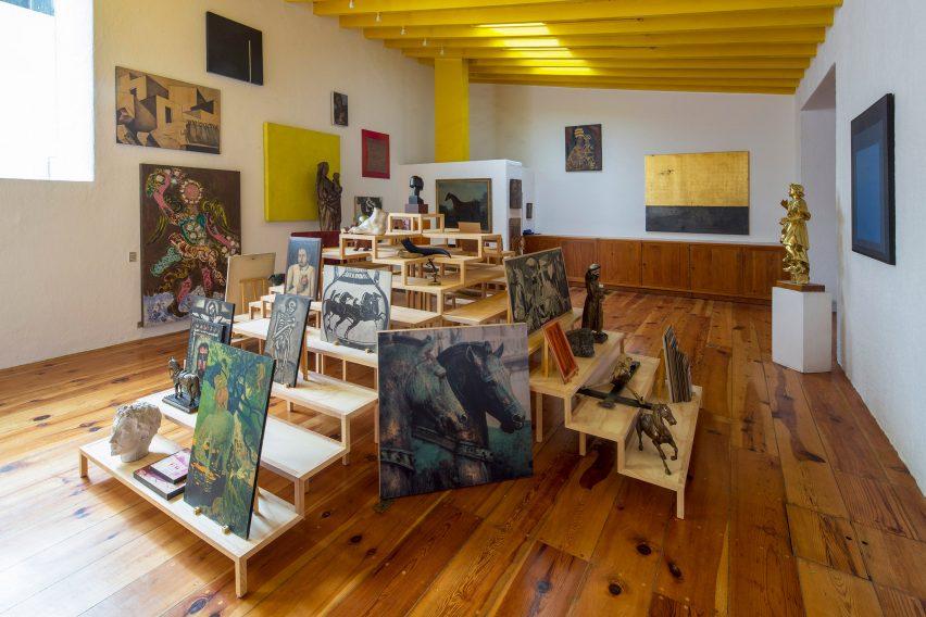 Casa Barragan art by Ago projects and Sala Hars